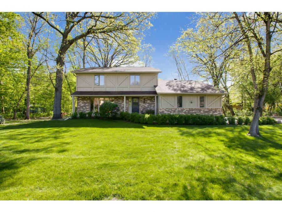 6602 N Hemlock Lane, Maple Grove in Hennepin County, MN 55369 Home for Sale